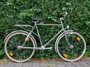 Fendt Fahrrad mit Kardanantrieb Bild 1